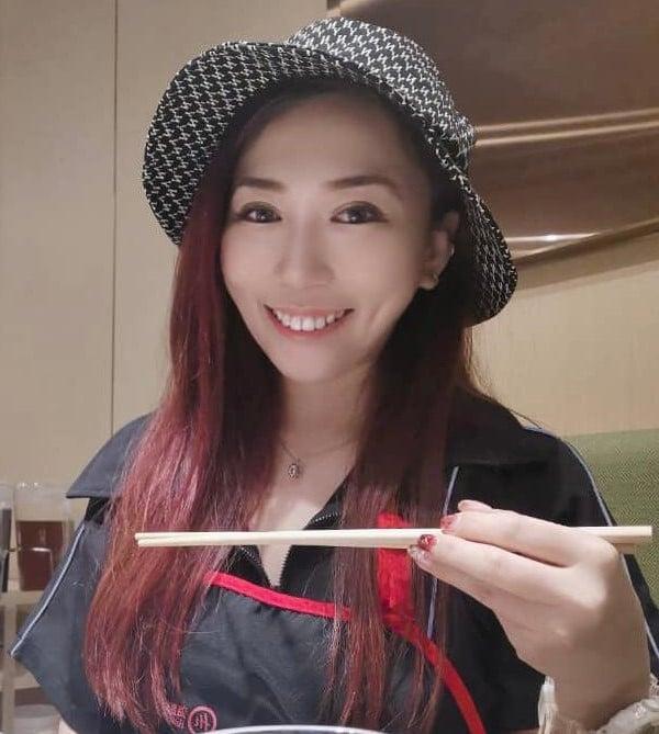 指路人林美黛大赞郑玲玲的厨艺,并对她的招牌菜念念不忘。